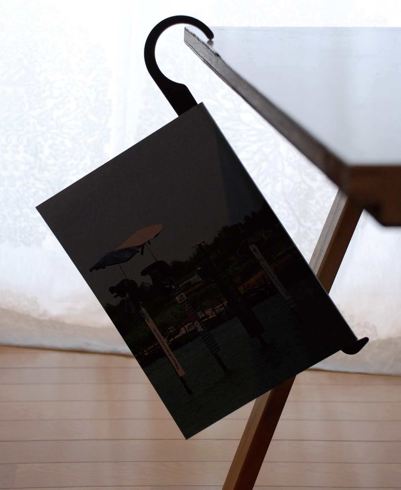 BookHook(YOCI)_S3.jpg